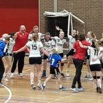 Dames 1 KAMPIOEN in volle Mheenhal
